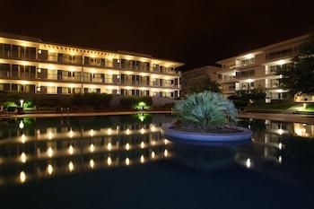 Marina Club Suite Hotel