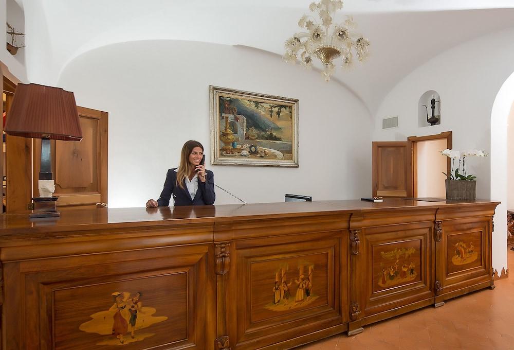 호텔 트라몬토 디오로(Hotel Tramonto d'Oro) Hotel Image 40 - Reception