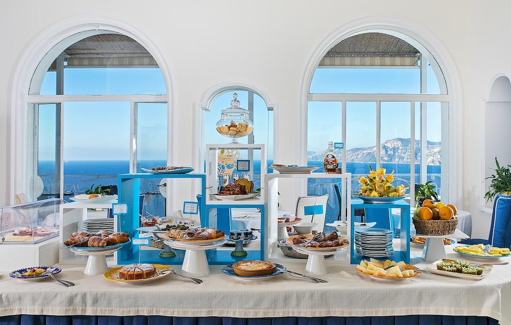 호텔 트라몬토 디오로(Hotel Tramonto d'Oro) Hotel Image 64 - Breakfast buffet
