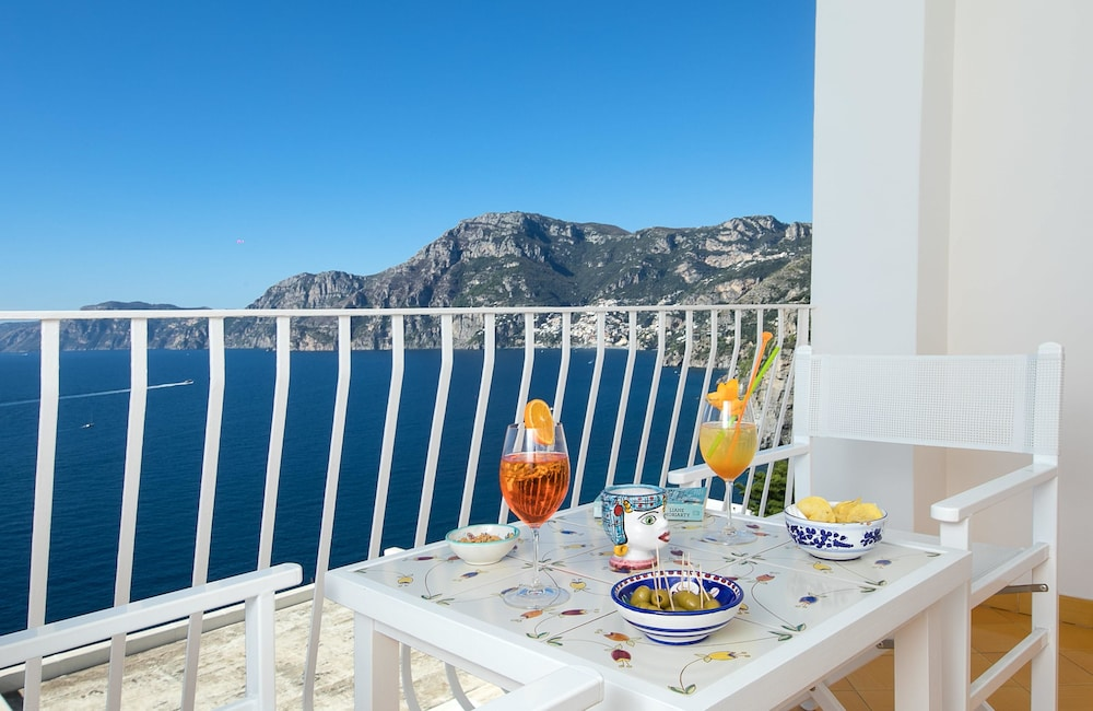 호텔 트라몬토 디오로(Hotel Tramonto d'Oro) Hotel Image 80 - Balcony View