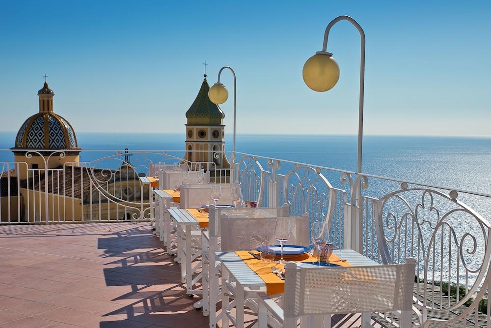 호텔 트라몬토 디오로(Hotel Tramonto d'Oro) Hotel Image 2 - Pool
