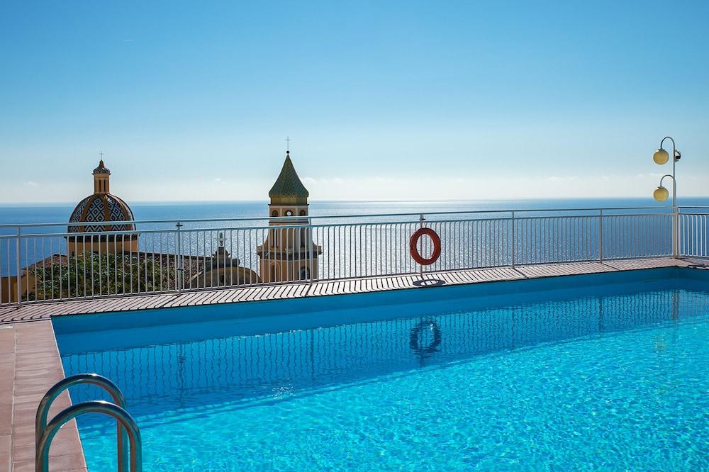 호텔 트라몬토 디오로(Hotel Tramonto d'Oro) Hotel Image 7 - Outdoor Pool
