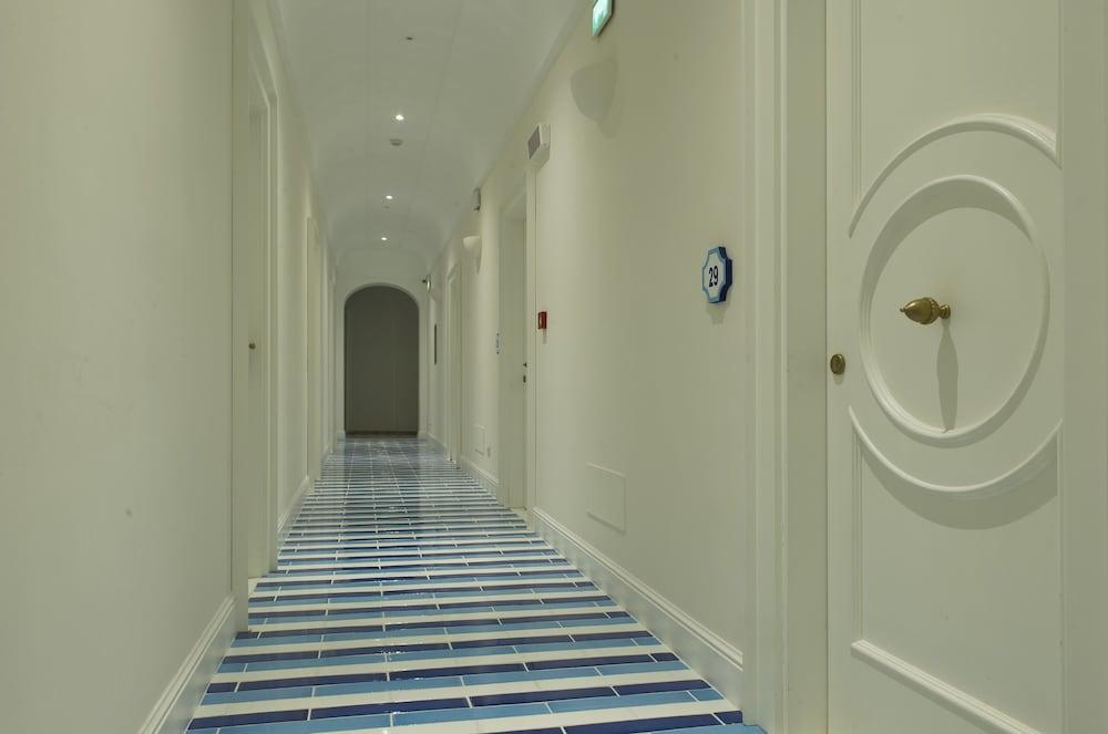 호텔 트라몬토 디오로(Hotel Tramonto d'Oro) Hotel Image 66 - Hotel Interior
