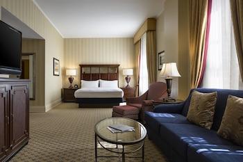 1 Bedroom Junior Suite, 1 King, Sofa bed