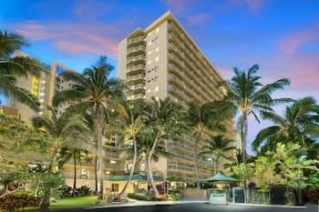 Courtyard by Marriott Waikiki Beach