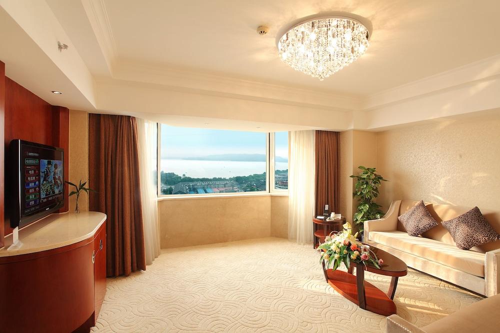 항저우 싱챠오 호텔(Hangzhou Xinqiao Hotel) Hotel Image 39 - Living Room