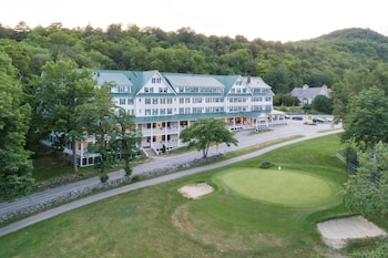 Hotel - Eagle Mountain House & Golf Club