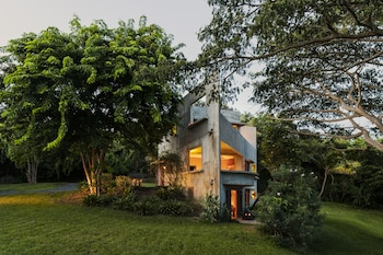 Hotel - Hix Island House
