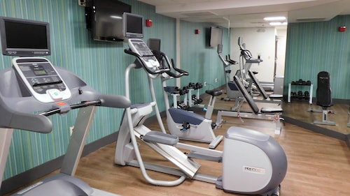 . Holiday Inn Express Coventry S - West Warwick Area