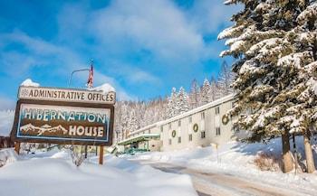 Hotel - Hibernation House