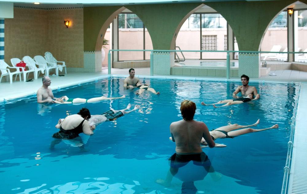 https://i.travelapi.com/hotels/2000000/1510000/1503000/1502981/731a0cfd_z.jpg
