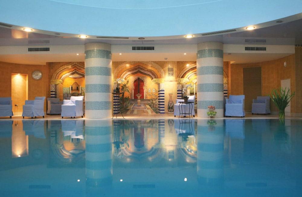https://i.travelapi.com/hotels/2000000/1510000/1503000/1502981/9fbf050c_z.jpg