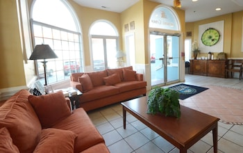 Lobby Sitting Area at Tidelands Caribbean Hotel and Suites in Ocean City