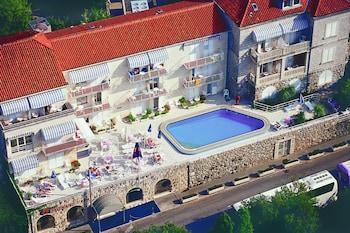 Hotel - Hotel Komodor