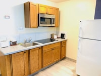 Two Double Deluxe - Kitchenette