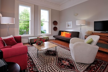 巴里霍爾公寓飯店