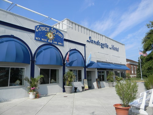 . The SandCastle Motel