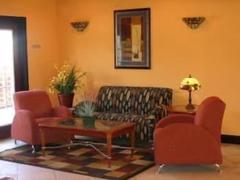 Hotel - The Garden Inn Hotel