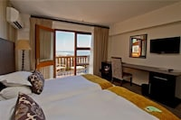 Standard Double Room, Sea Facing