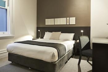 Standard Queen Room, 1 Queen Bed