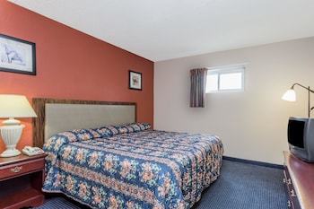 Guestroom at Knights Inn Virginia Beach on 29th St in Virginia Beach