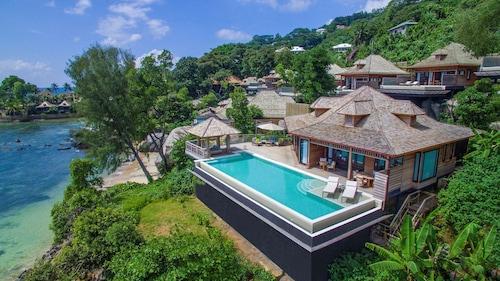 Victoria - Hilton Seychelles Northolme Resort & Spa - z Warszawy, 26 marca 2021, 3 noce