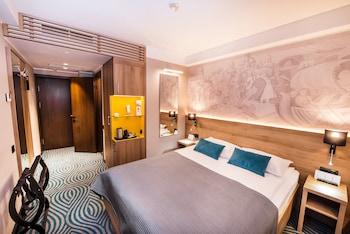 Premier Business Double Room