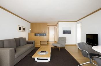 Suite (Village Suite)