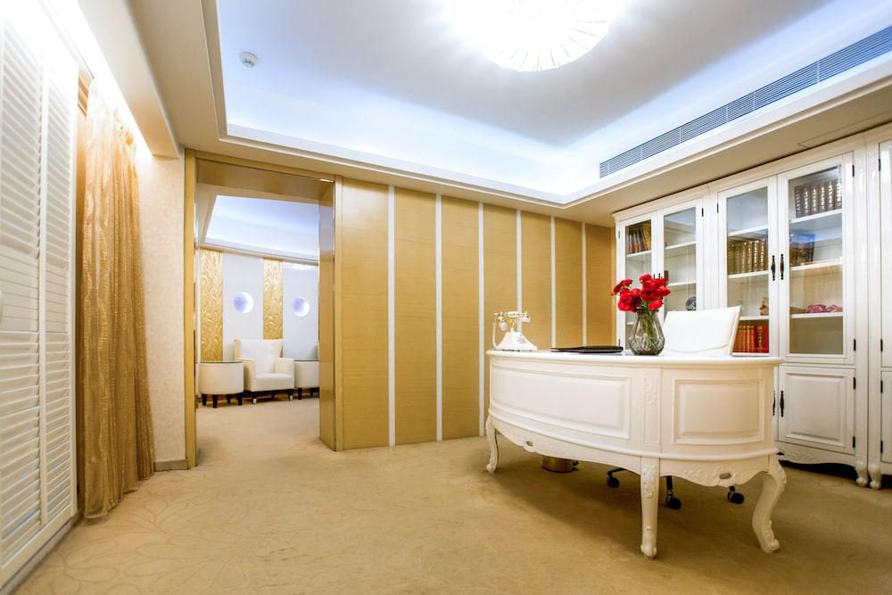 Central Hotel NanJing, Nanjing
