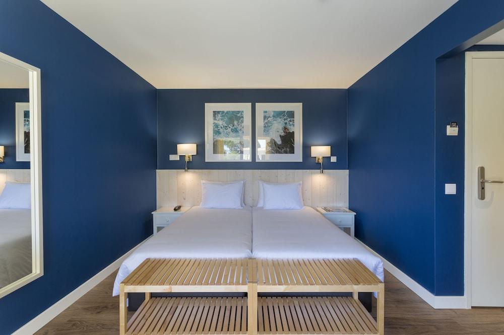 Standard Twin Room (2+1)