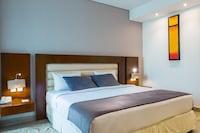 Premium Room, 1 King Bed, Balcony