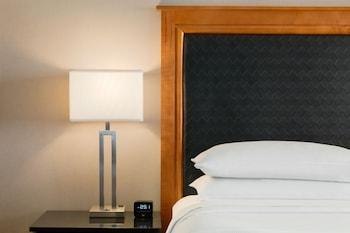 Suite, Accessible, Business Lounge Access