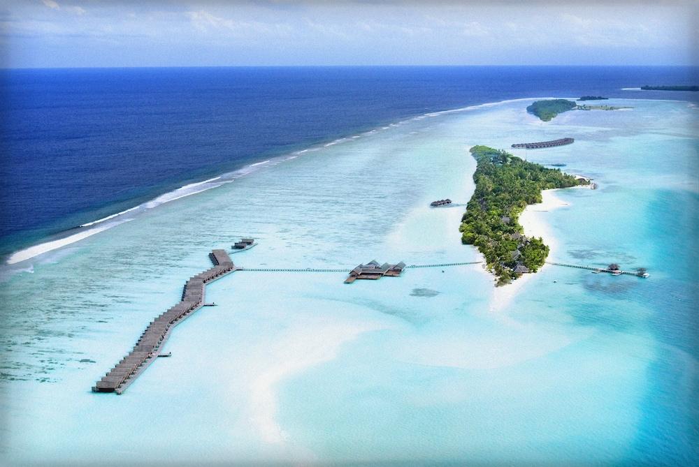 LUX* South Ari Atoll Resort & Villas, Featured Image