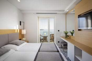 Panoramic Tek Büyük Veya İki Ayrı Yataklı Oda, Balkon, Deniz Manzaralı