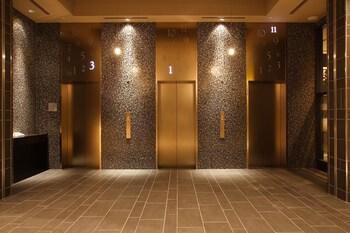 HOTEL MONTEREY HANZOMON Hallway