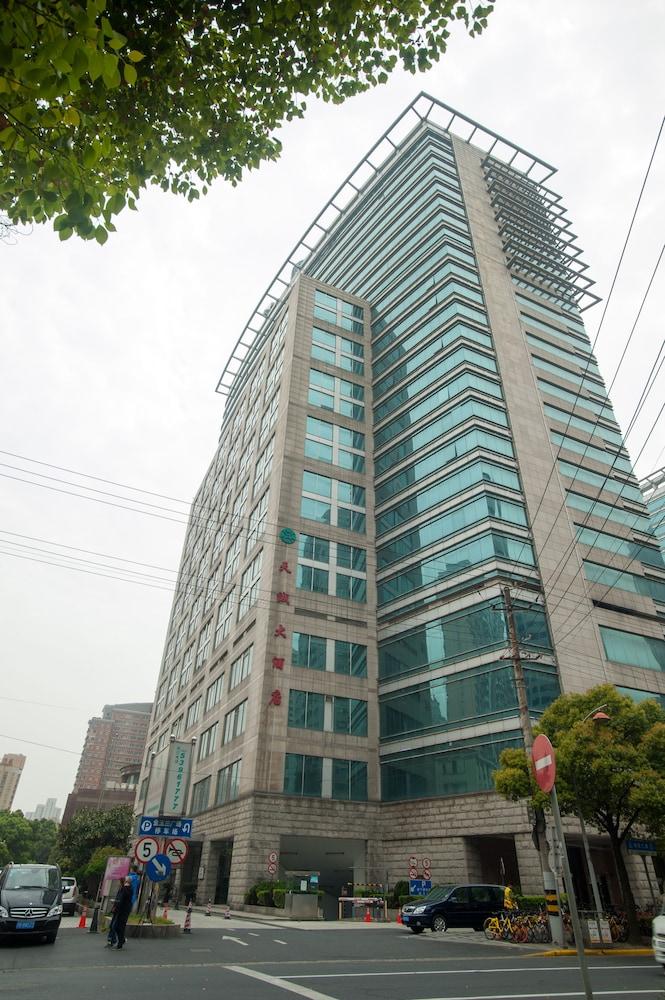 ジン ジャン ティエン チェン ホテル (上海天誠大酒店)