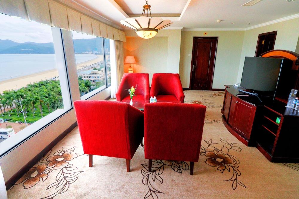 사이공 - 퀴논 호텔