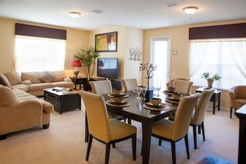 Premium Condo, 3 Bedrooms, 2 Bathrooms (3 Bedroom /2 Bath Premium Condo-Suite)