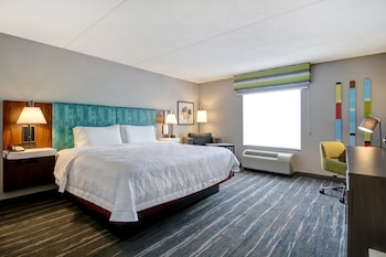 One king bed deluxe room non smoking