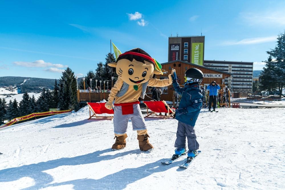 Snow and Ski Sports