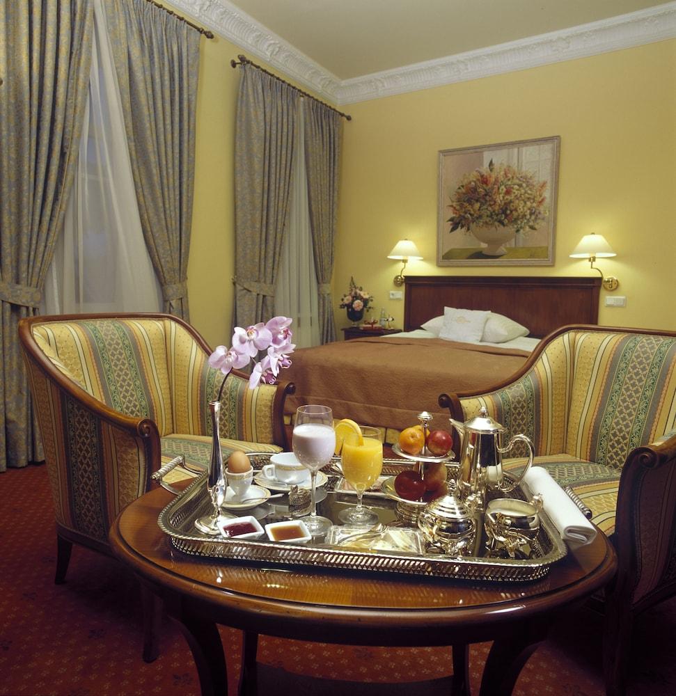 그로트후스 부티크 호텔(Grotthuss Boutique Hotel) Hotel Image 32 - Living Area