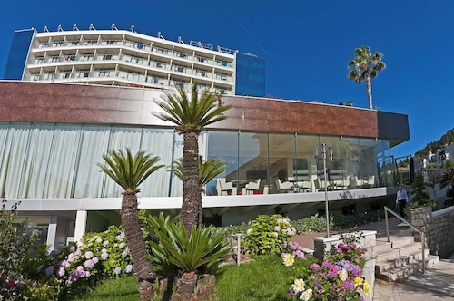 __{offers.Best_flights}__ Grand Hotel Park