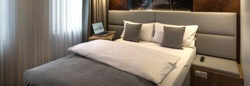 Dortmund - TOP Hotel Esplanade Dortmund - z Krakowa, 2 kwietnia 2021, 3 noce