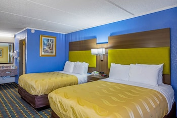 Atlanta Vacations - Quality Inn & Suites - Property Image 1