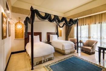 Deluxe Room, 2 Twin Beds, Non Smoking, Resort View