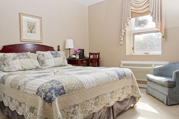 Standard Room, 1 Queen Bed, Terrace