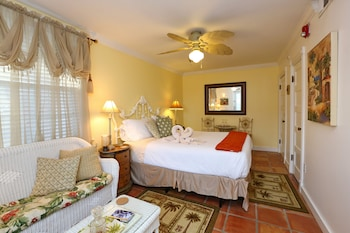 Sand Dollar Room (Beach House 1st Floor)