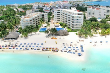 Hotel - Ixchel Beach Hotel