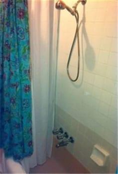 Bronx Guesthouse - Bathroom  - #0
