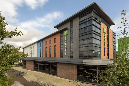 Dunstable - Holiday Inn Express Dunstable - z Poznania, 16 kwietnia 2021, 3 noce